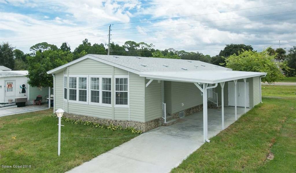 獨棟家庭住宅 為 出售 在 923 Vireo 923 Vireo Barefoot Bay, 佛羅里達州 32976 美國