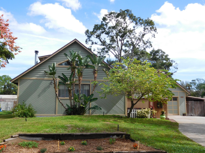 Maison unifamiliale pour l Vente à 2909 Tamarind 2909 Tamarind Edgewater, Floride 32141 États-Unis