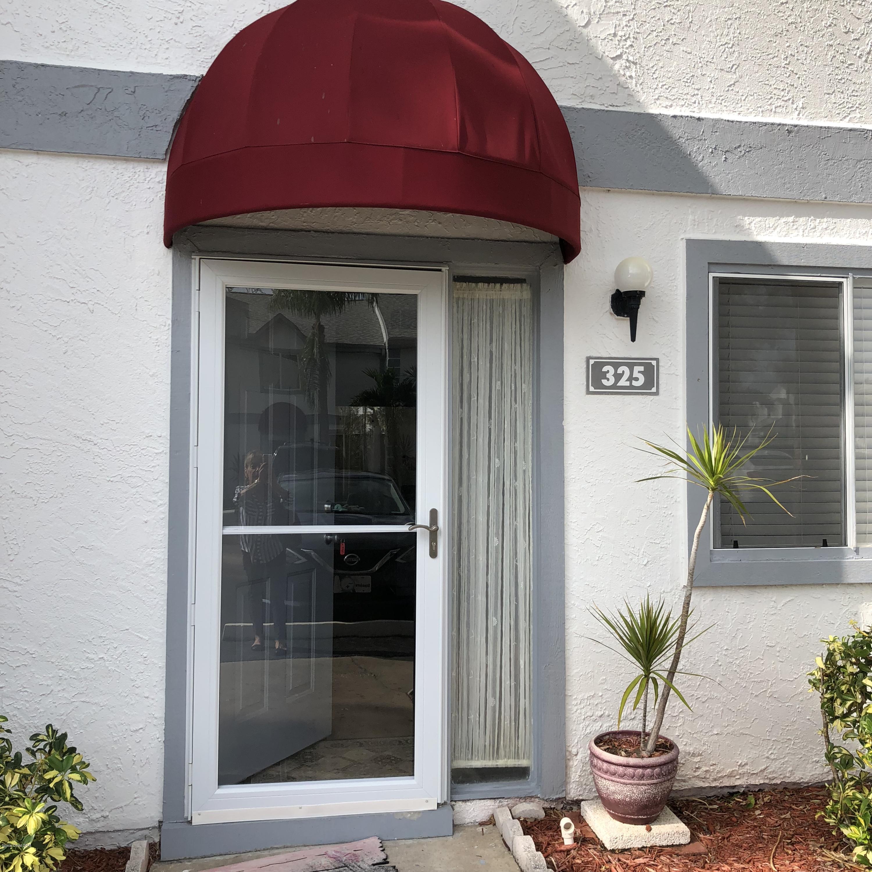 Nhà ở một gia đình vì Thuê tại 325 Seaport 325 Seaport Cape Canaveral, Florida 32920 Hoa Kỳ