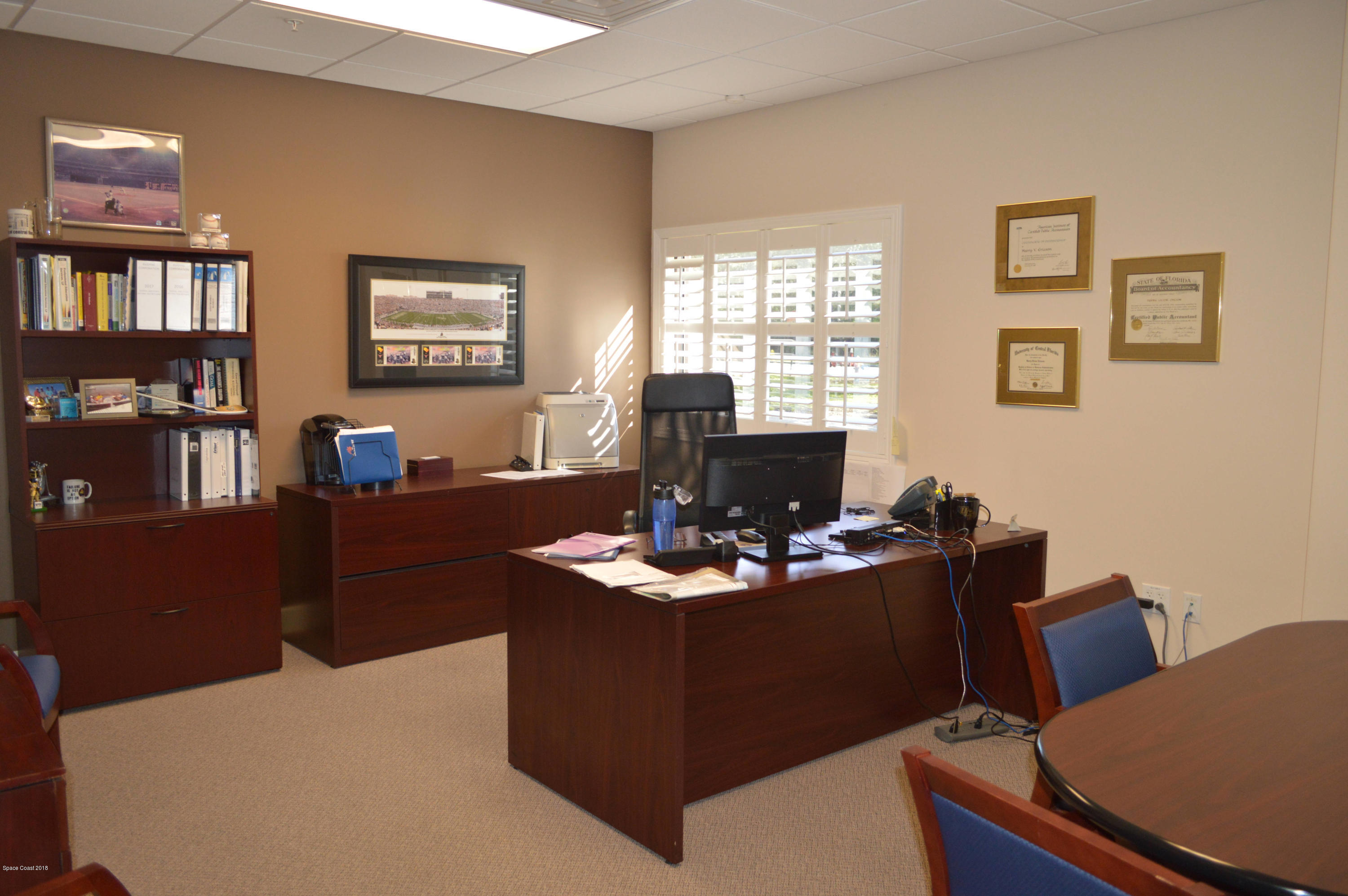 Additional photo for property listing at 710 N North Drive 710 N North Drive Melbourne, Florida 32934 United States