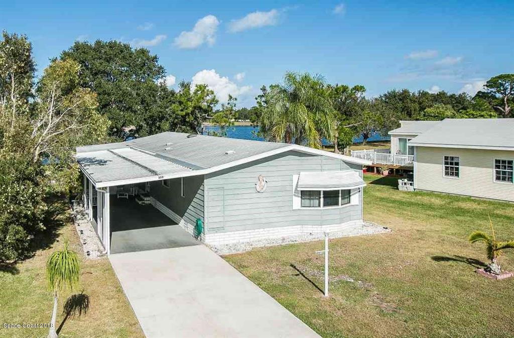 Enfamiljshus för Försäljning vid 355 Egret 355 Egret Barefoot Bay, Florida 32976 Förenta staterna