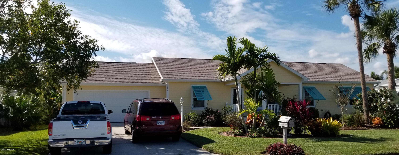 Enfamiljshus för Försäljning vid 1073 Barefoot 1073 Barefoot Barefoot Bay, Florida 32976 Förenta staterna