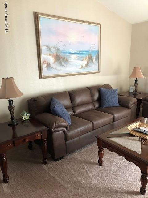 Nhà ở một gia đình vì Thuê tại 619 Ocean Park 619 Ocean Park Cape Canaveral, Florida 32920 Hoa Kỳ