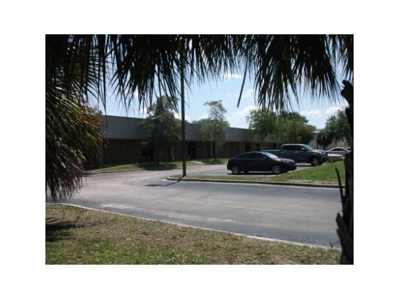 Commercial for Rent at 305 E East Melbourne, Florida 32904 United States