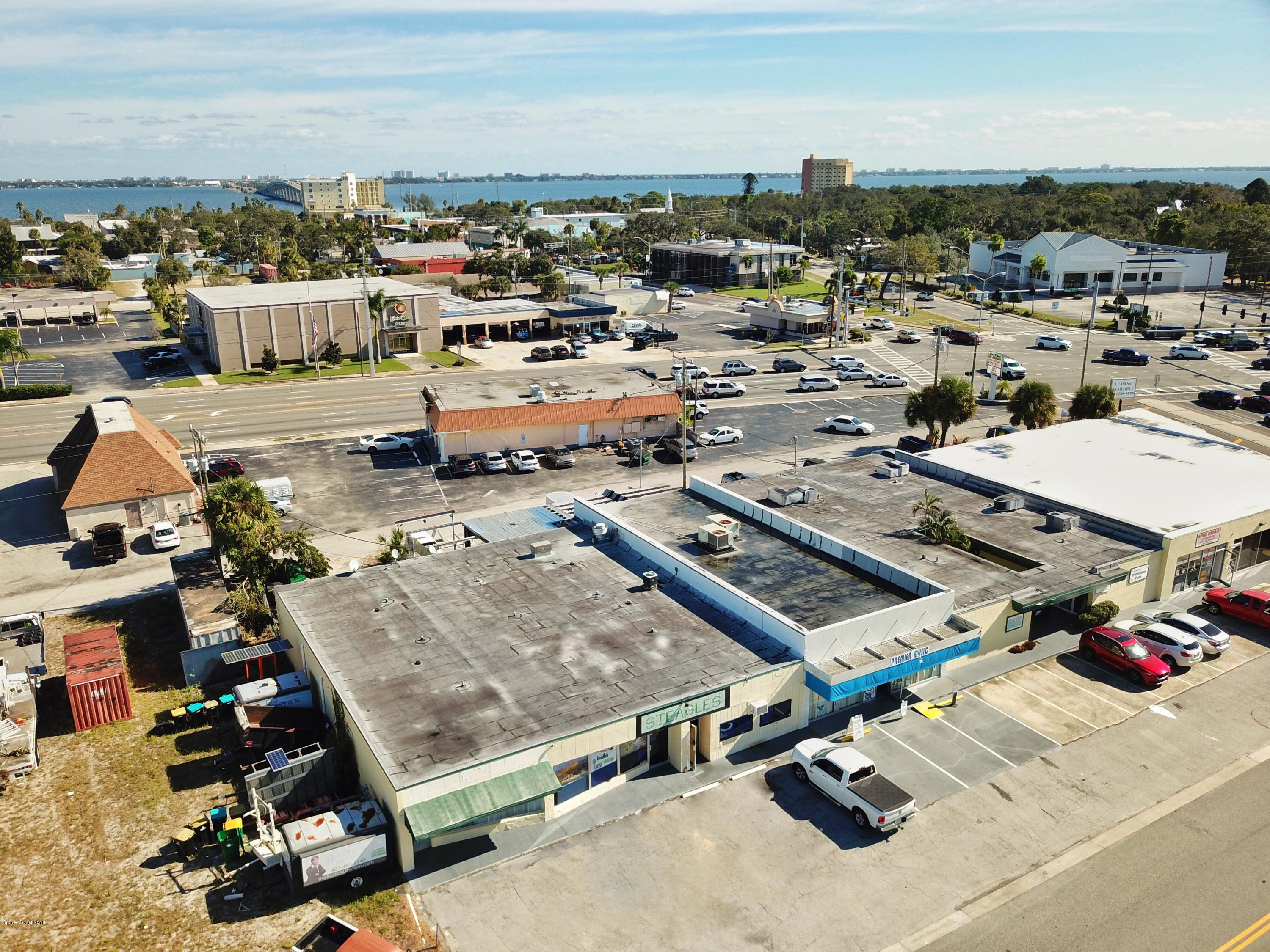 Commercial for Sale at 1395 Cypress Avenue 1395 Cypress Avenue Melbourne, Florida 32935 United States