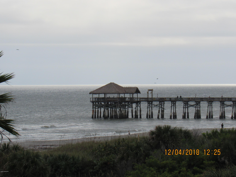 Nhà ở một gia đình vì Thuê tại 420 Harding 420 Harding Cocoa Beach, Florida 32931 Hoa Kỳ