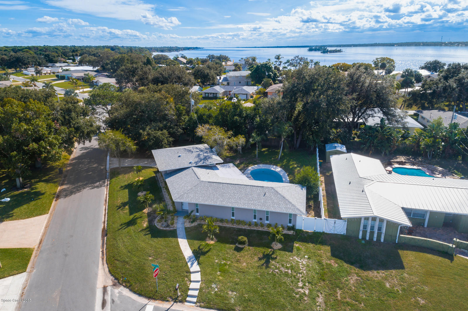 Single Family Home for Sale at 95 Alhambra 95 Alhambra Merritt Island, Florida 32952 United States