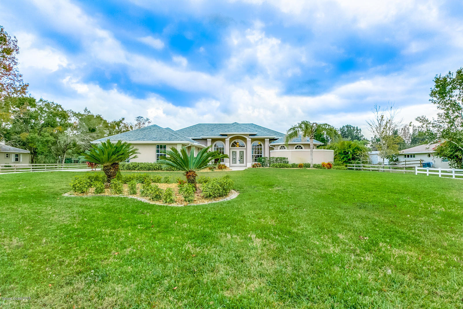Single Family Home for Sale at 4215 Carolwood 4215 Carolwood Melbourne, Florida 32934 United States