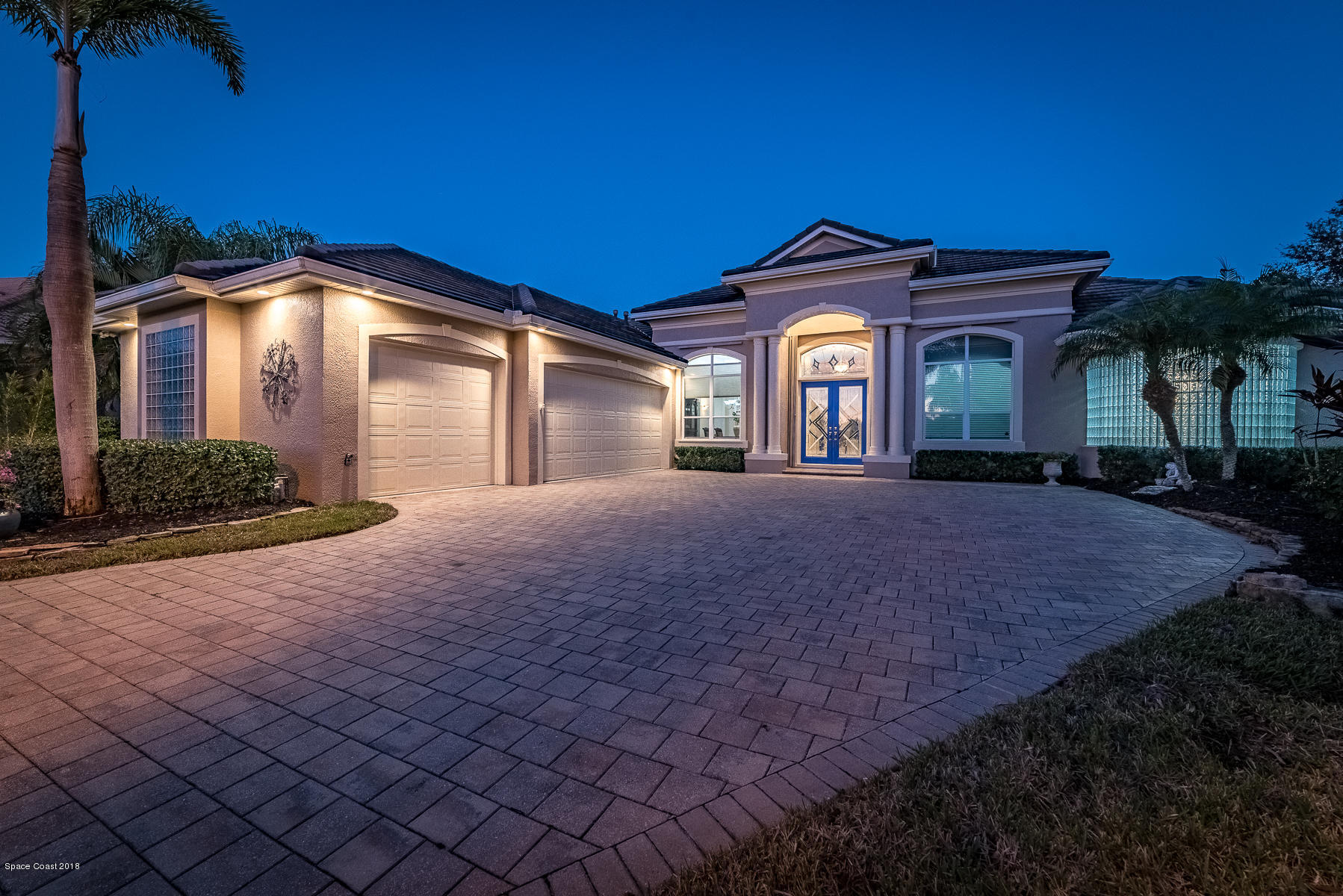 Single Family Home for Sale at 975 Chatsworth Melbourne, Florida 32940 United States