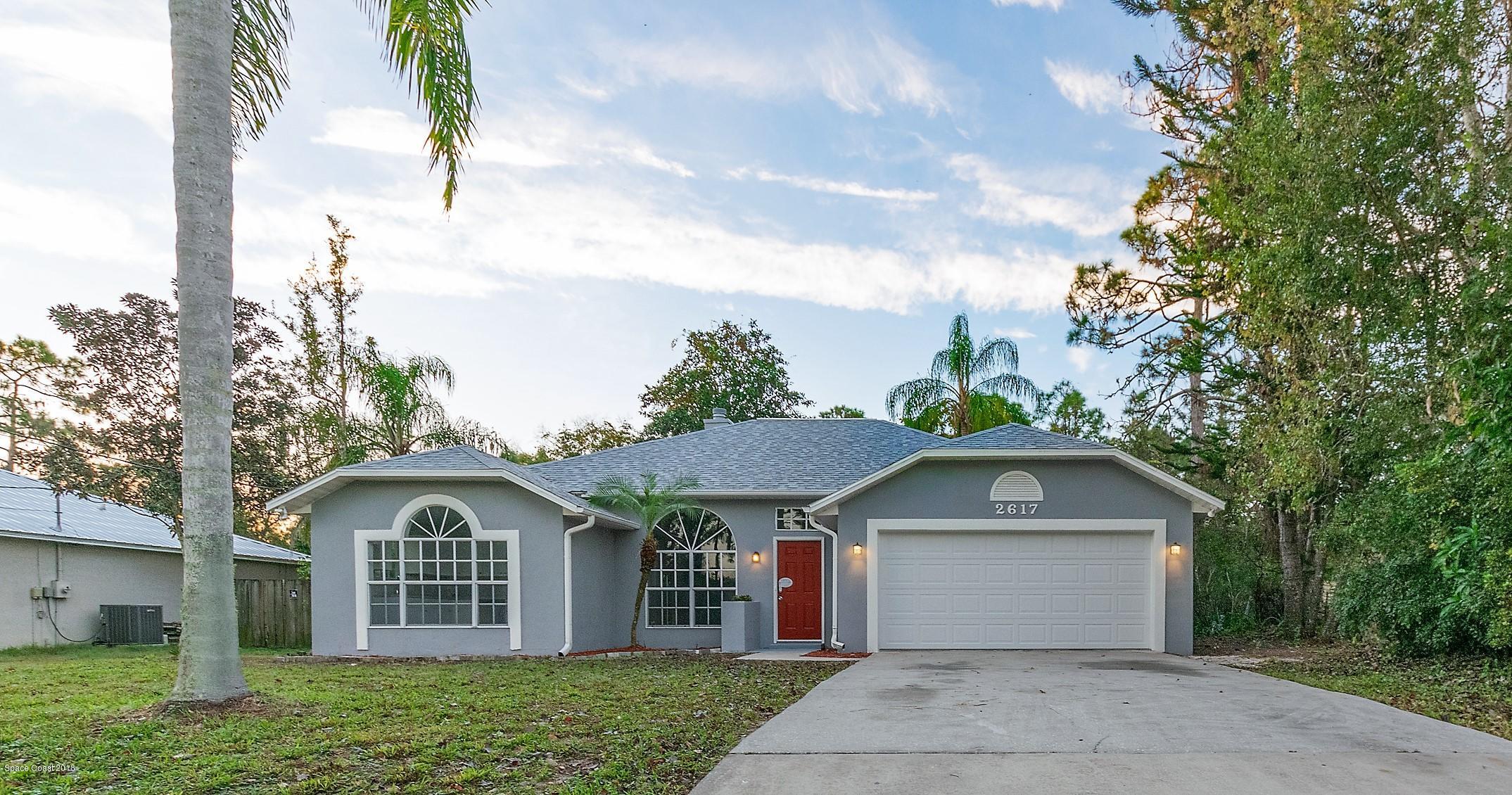 Maison unifamiliale pour l Vente à 2617 35th 2617 35th Edgewater, Floride 32141 États-Unis