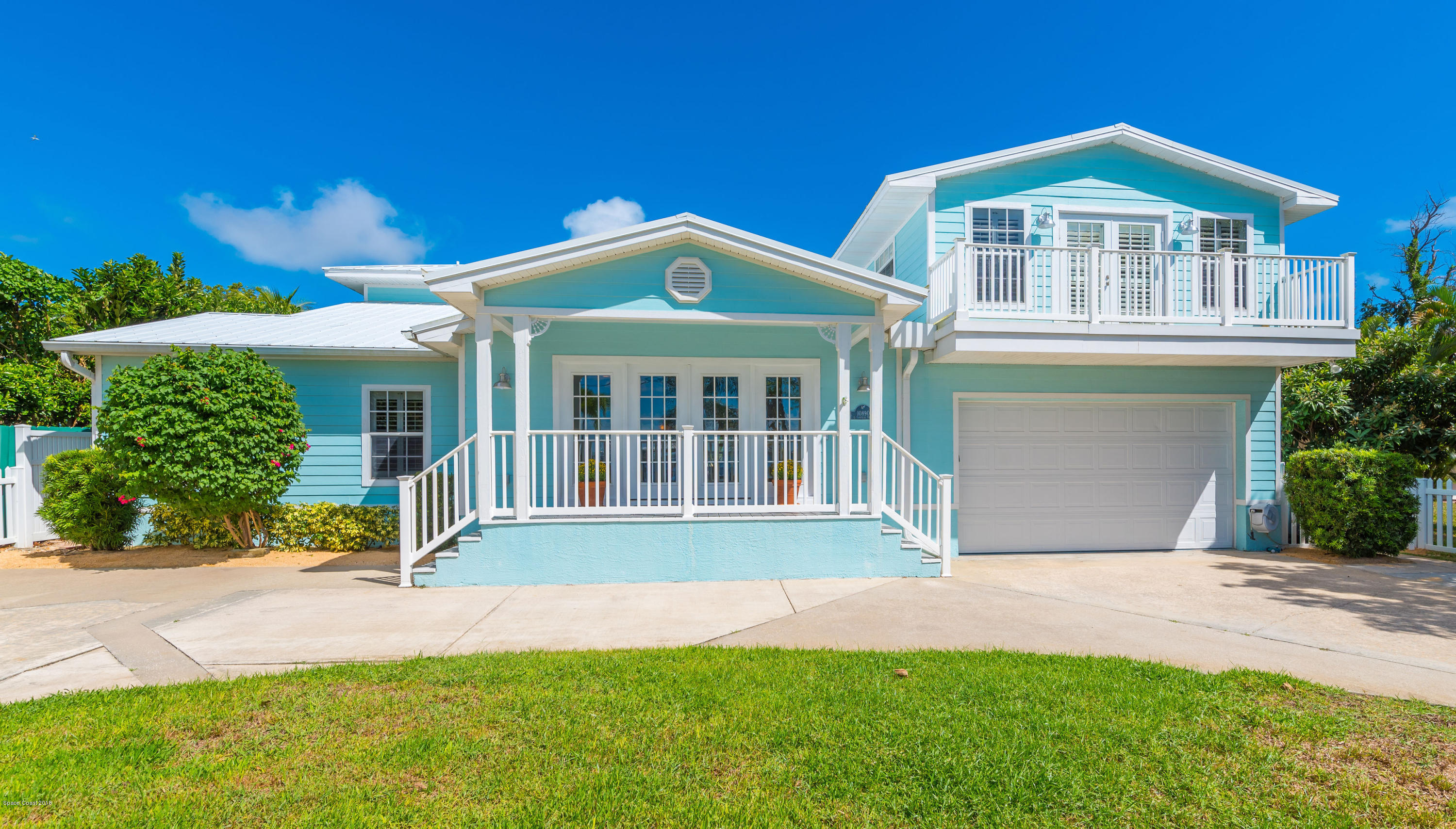 Single Family Home for Sale at 10890 S Tropical 10890 S Tropical Merritt Island, Florida 32952 United States