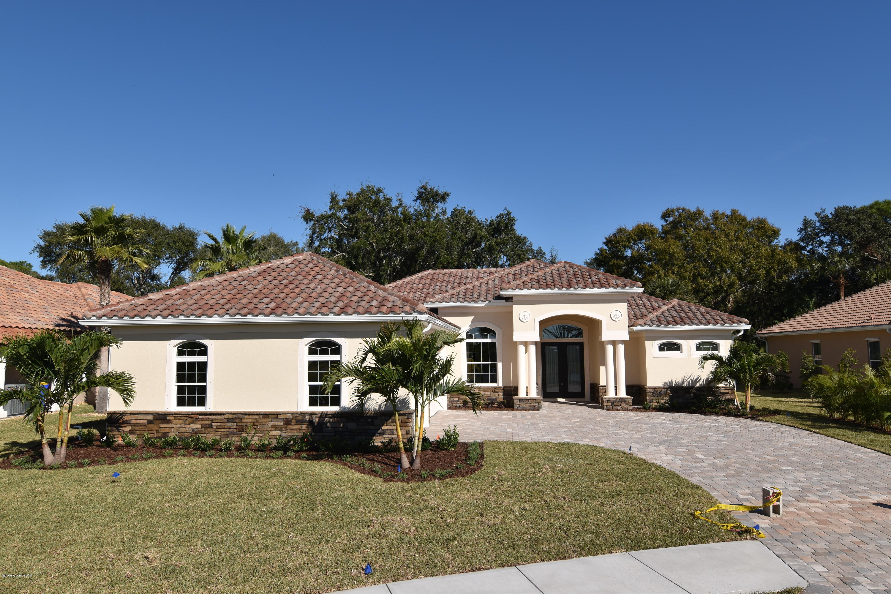 Single Family Homes for Sale at 946 Casa Dolce Casa Rockledge, Florida 32955 United States