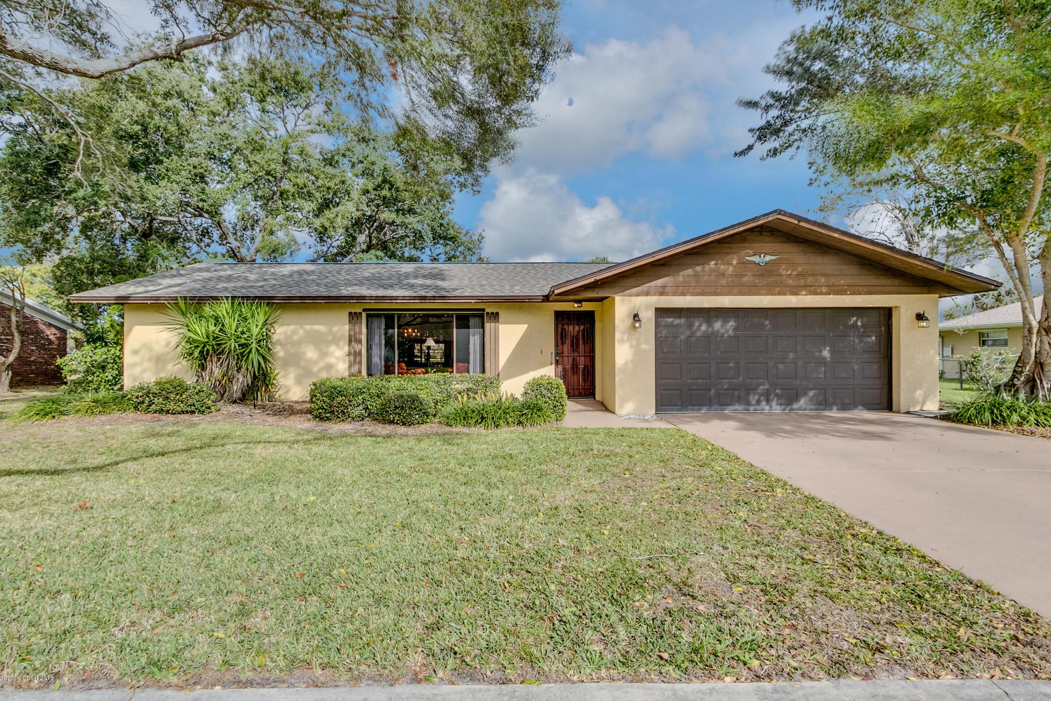 Single Family Home for Sale at 2650 Bernice 2650 Bernice Melbourne, Florida 32935 United States