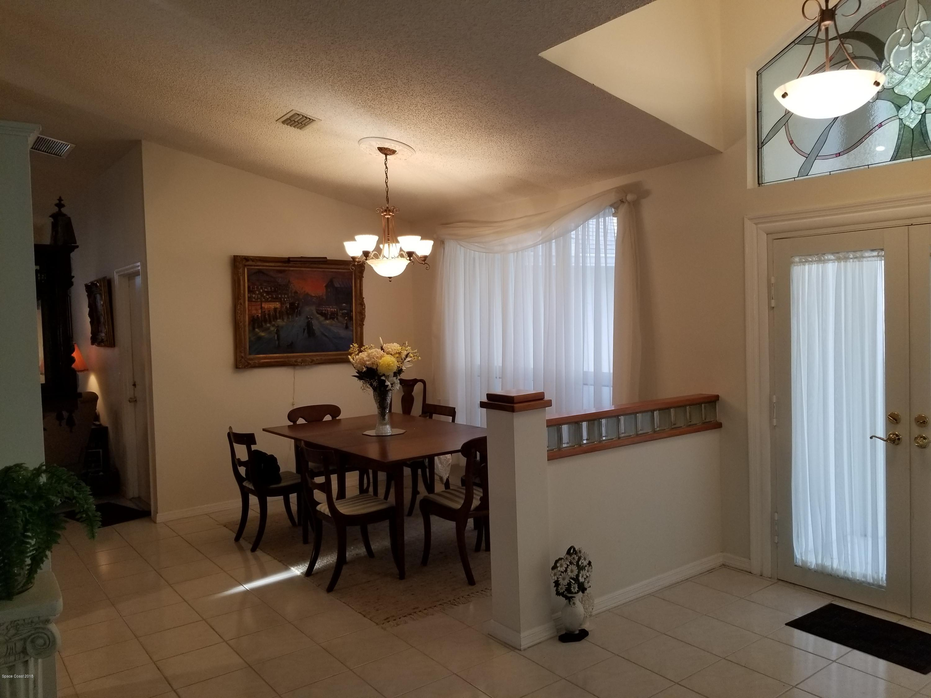 Additional photo for property listing at 114 Tradewinds 114 Tradewinds Indialantic, Florida 32903 United States