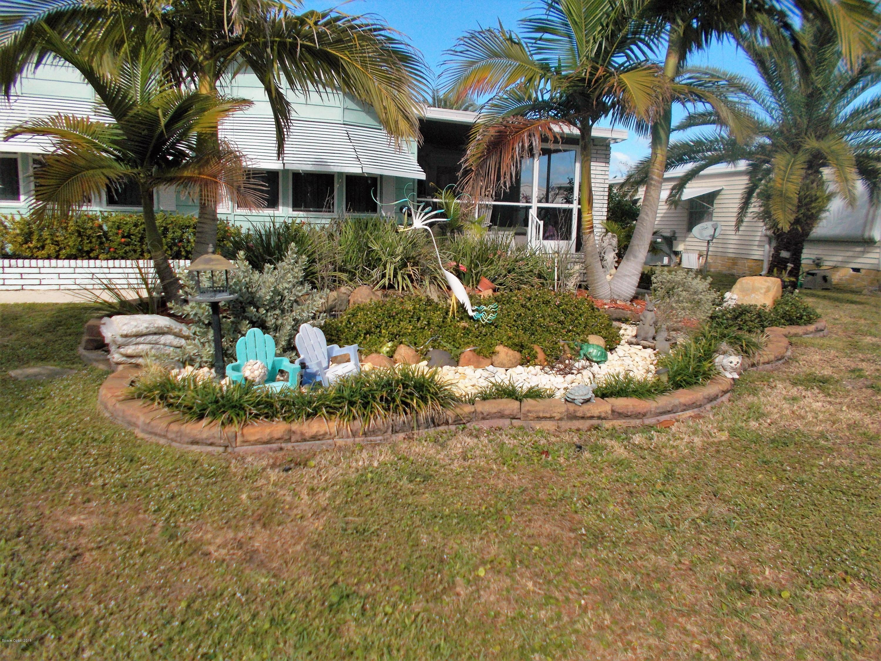 Single Family Home for Sale at 918 Spruce 918 Spruce Barefoot Bay, Florida 32976 United States