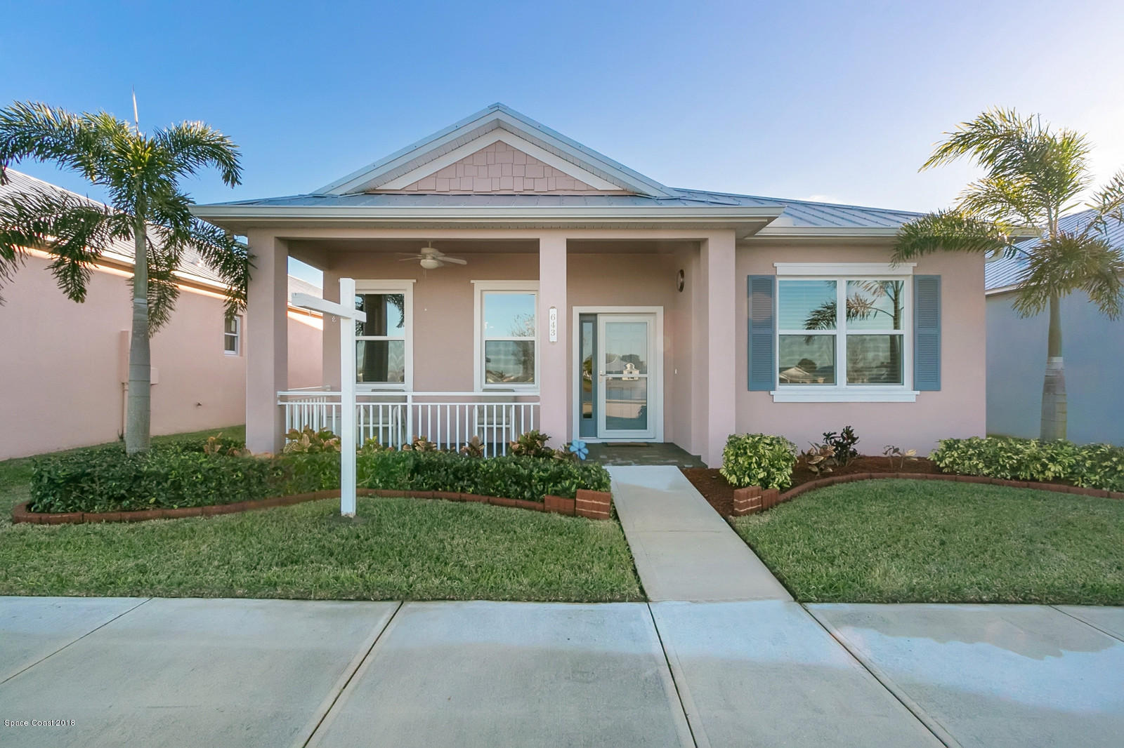 Single Family Home for Sale at 643 Heming 643 Heming Melbourne, Florida 32901 United States