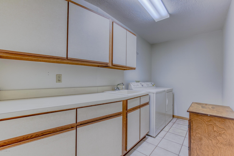 Additional photo for property listing at 385 Mosswood 385 Mosswood Indialantic, Florida 32903 United States
