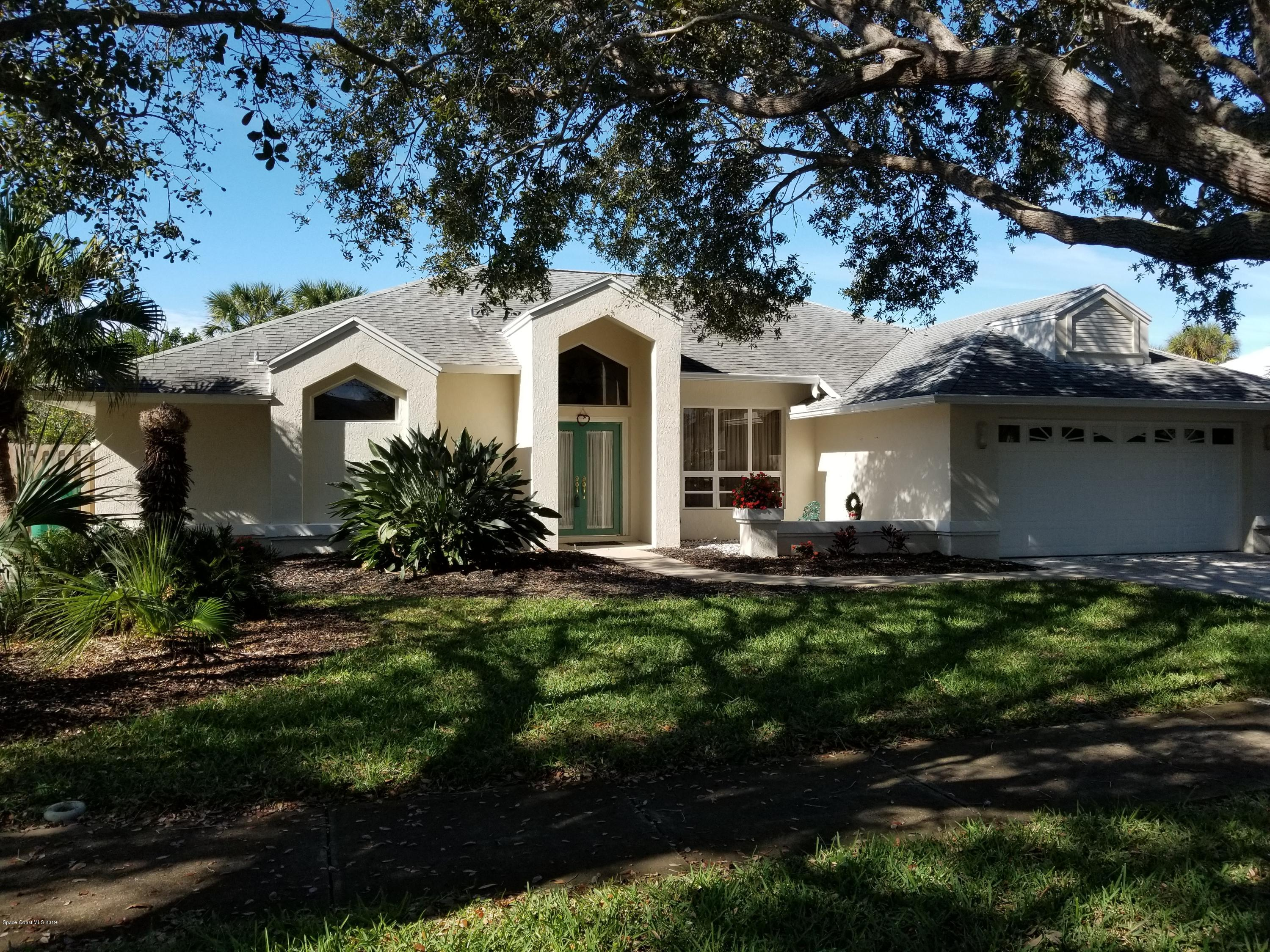 Single Family Home for Sale at 114 Tradewinds 114 Tradewinds Indialantic, Florida 32903 United States