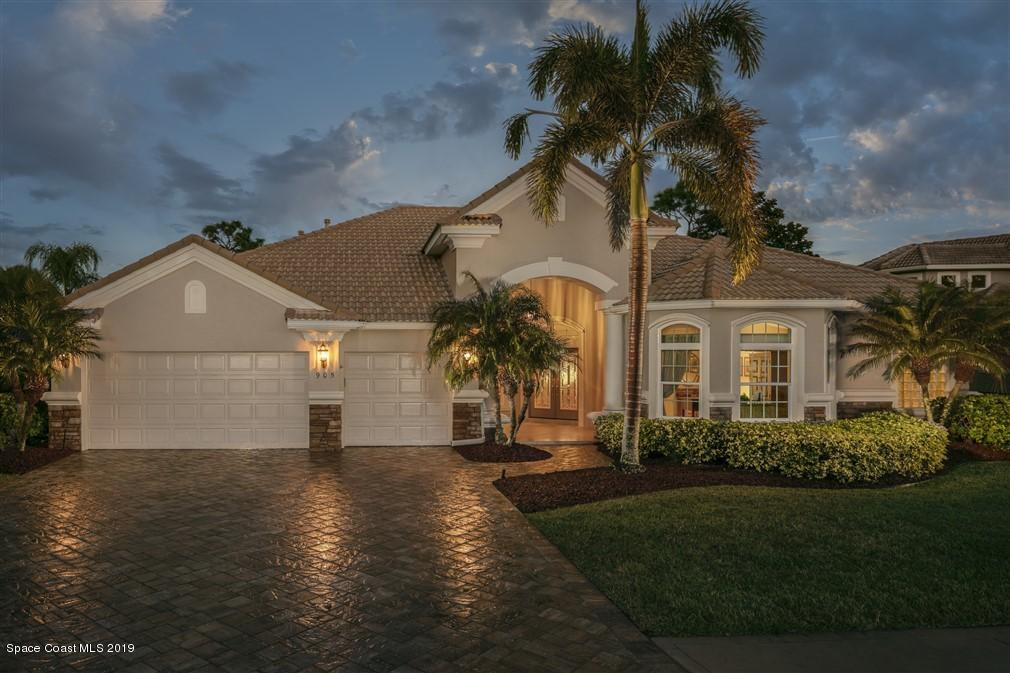 Single Family Home for Sale at 905 Chatsworth 905 Chatsworth Melbourne, Florida 32940 United States
