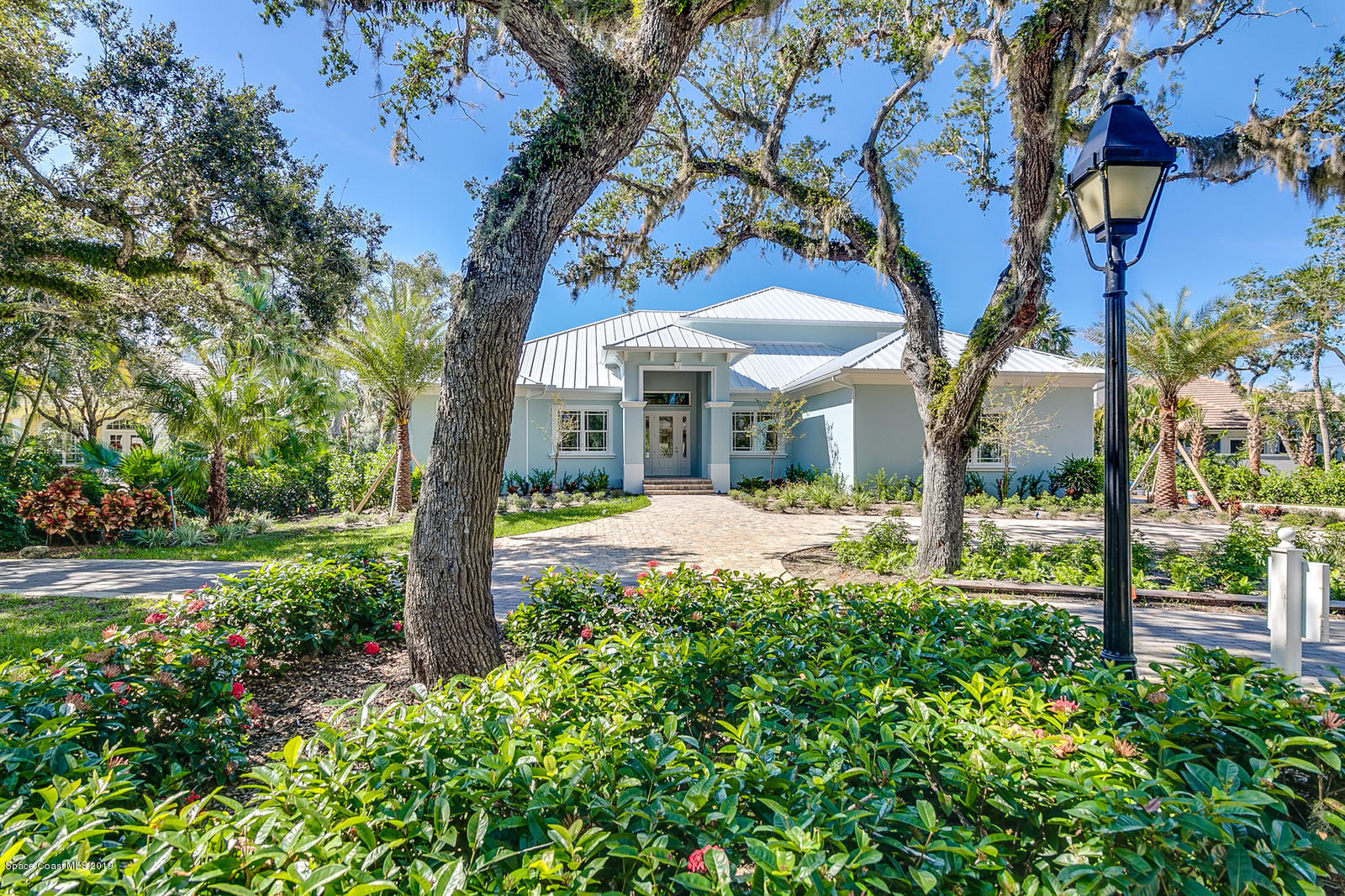 Single Family Home for Sale at 120 Island Sanctuary 120 Island Sanctuary Vero Beach, Florida 32963 United States