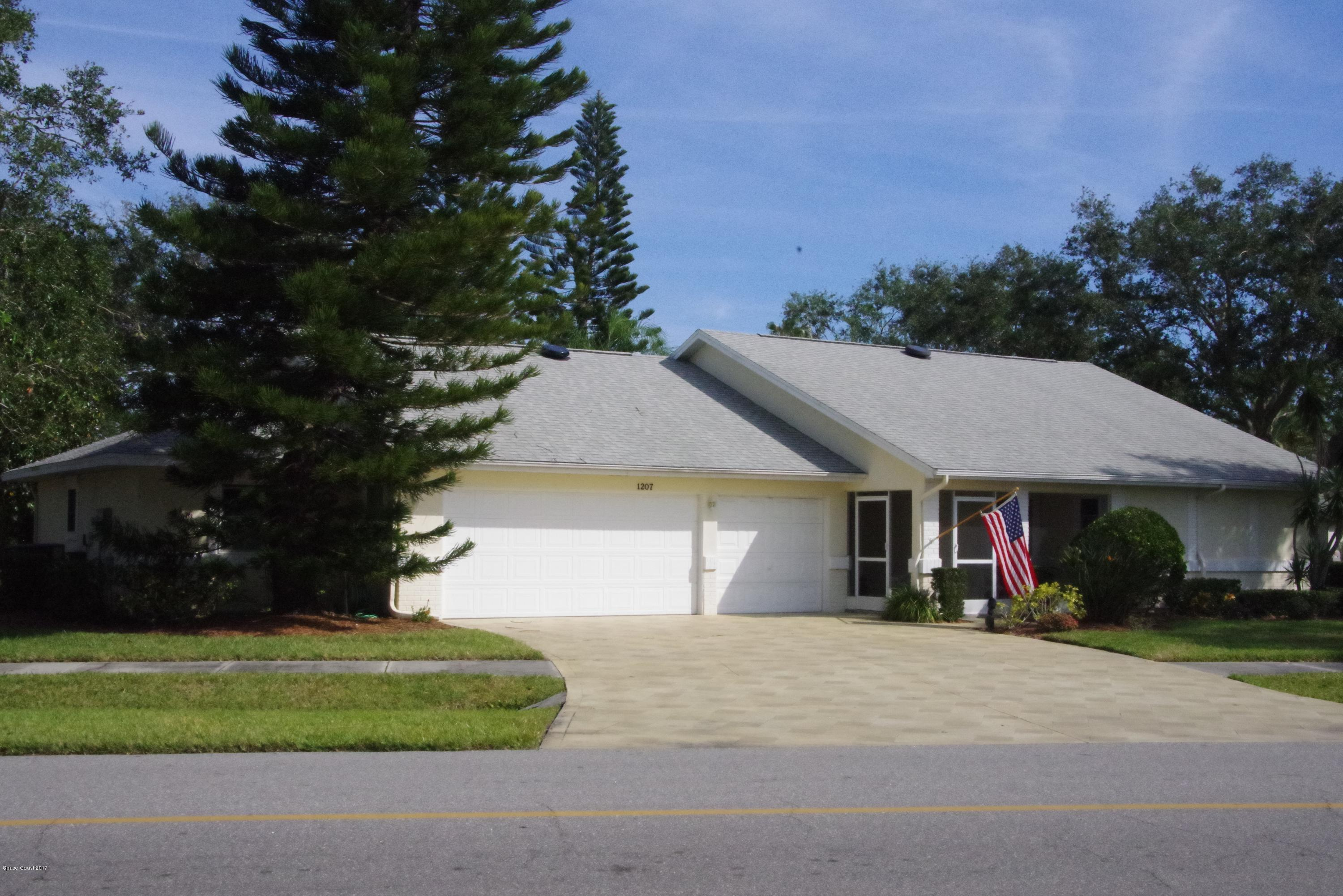 Single Family Homes for Sale at 1207 Continental Melbourne, Florida 32940 United States