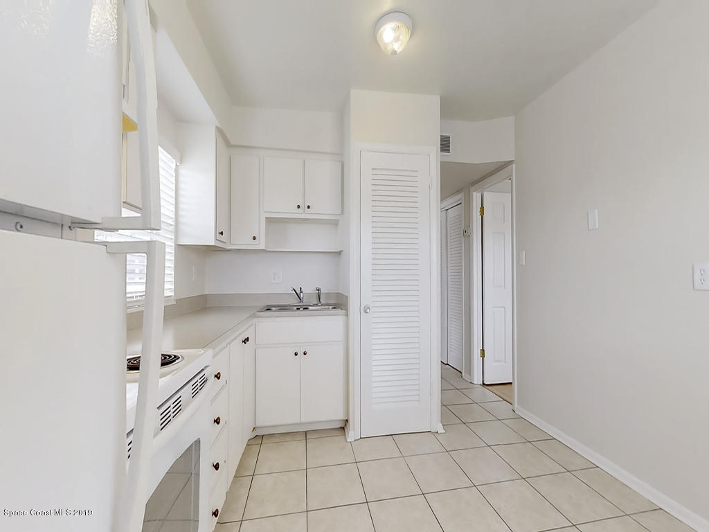 Additional photo for property listing at 651 Palm Drive Satellite Beach, Florida 32937 United States