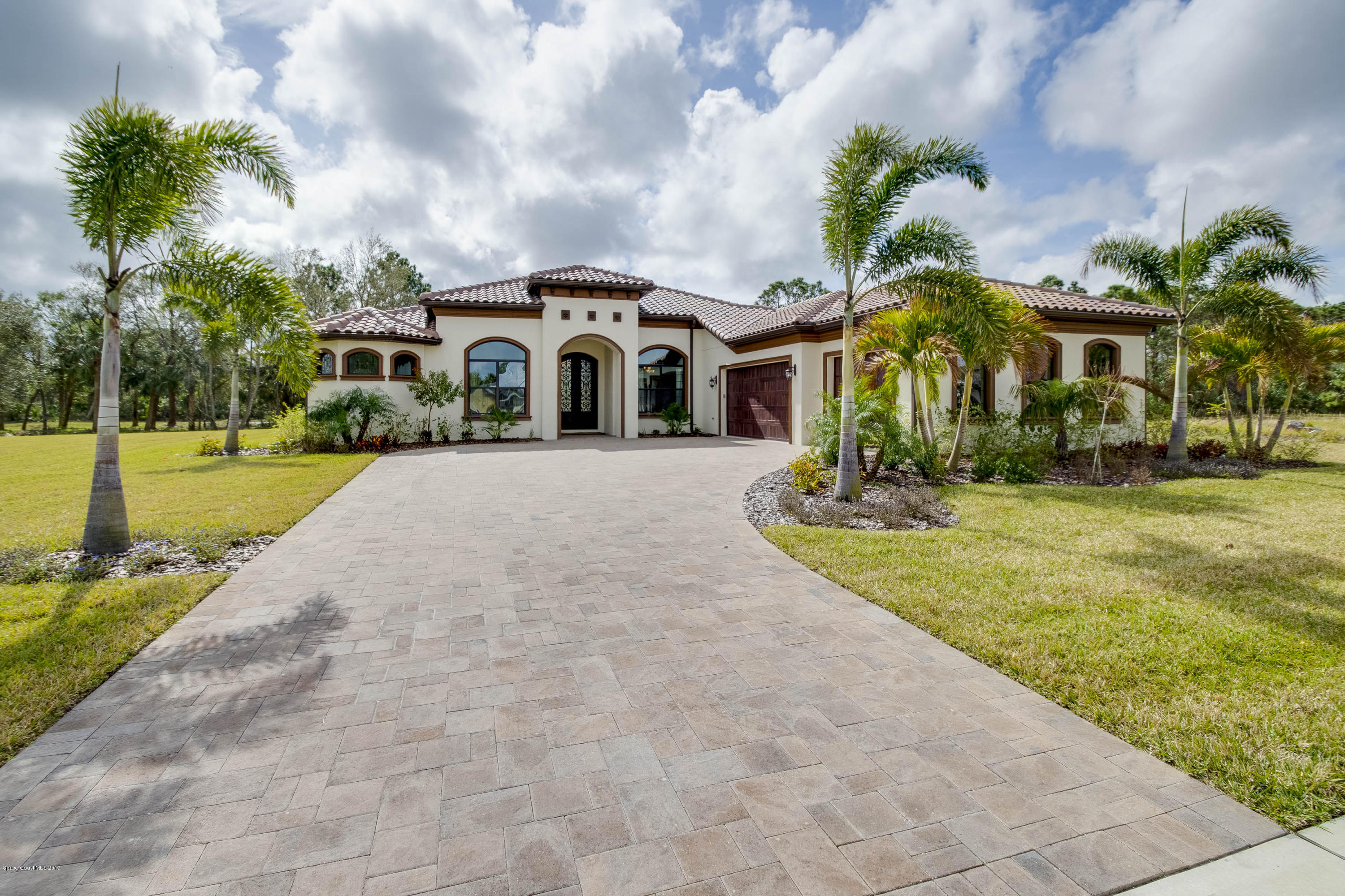 Single Family Home for Sale at 5144 Realm Melbourne, Florida 32934 United States