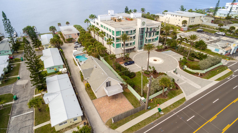 Многосемейный дом для того Продажа на 3524 S Atlantic 3524 S Atlantic Cocoa Beach, Флорида 32931 Соединенные Штаты