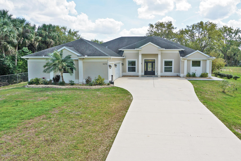 Enfamiljshus för Försäljning vid 5275 Vacaro 5275 Vacaro Cocoa, Florida 32926 Förenta staterna