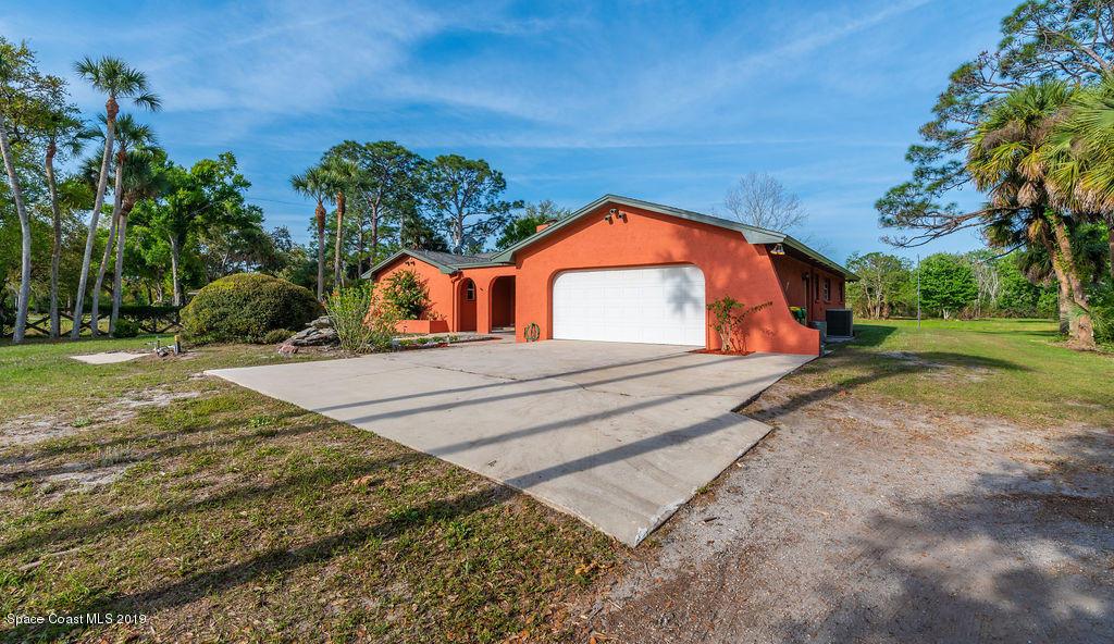 Enfamiljshus för Försäljning vid 3000 Friday 3000 Friday Cocoa, Florida 32926 Förenta staterna
