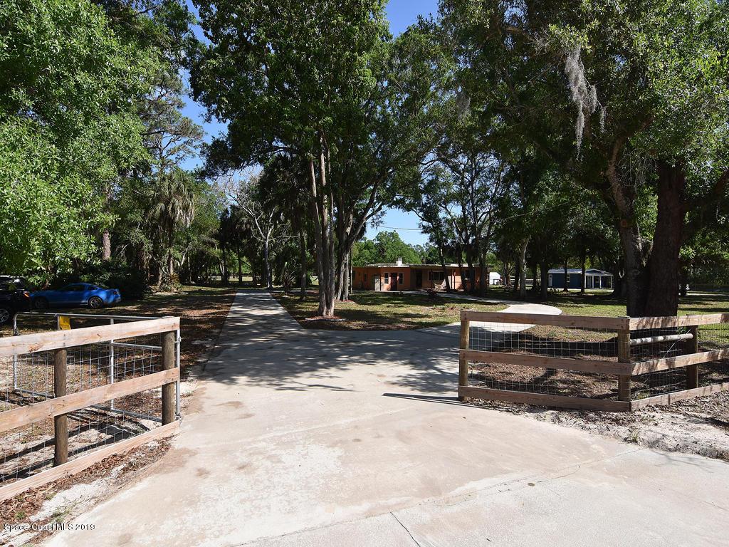 Single Family Homes por un Venta en 13680 101st Fellsmere, Florida 32948 Estados Unidos