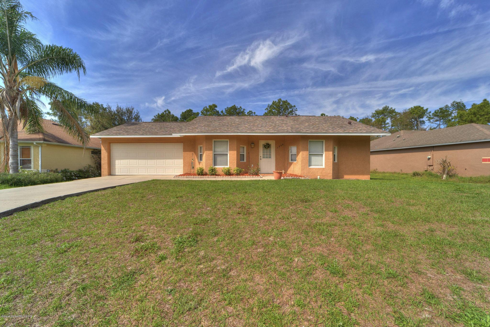 独户住宅 为 销售 在 1888 Villa 1888 Villa Deltona, 佛罗里达州 32738 美国