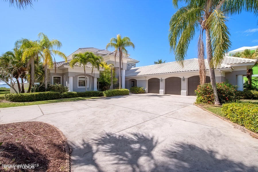 Single Family Home for Sale at 170 Bayshore 170 Bayshore Melbourne Beach, Florida 32951 United States