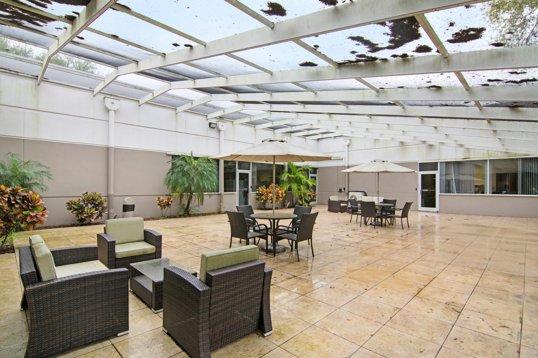 Commercial pour l à louer à 1250 Grumman 1250 Grumman Titusville, Floride 32780 États-Unis