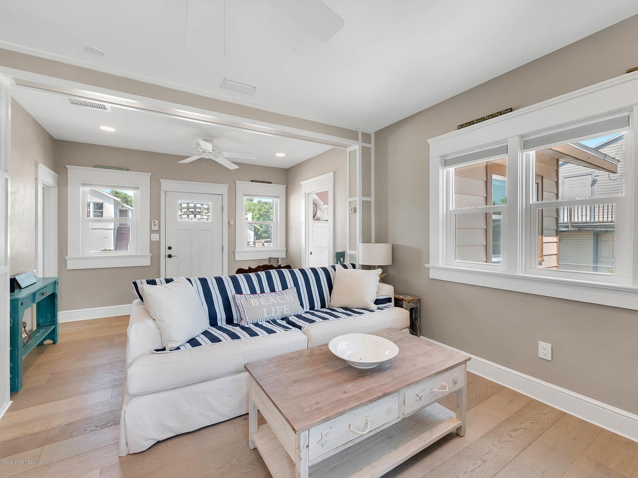 Частный односемейный дом для того Продажа на 602 Vermont 602 Vermont Daytona Beach, Флорида 32118 Соединенные Штаты