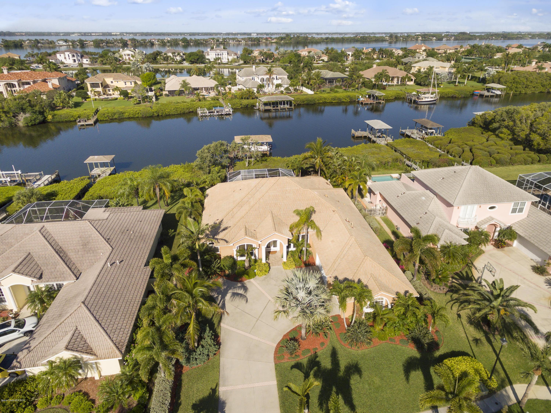 Villa per Vendita alle ore 140 Island View 140 Island View Indian Harbour Beach, Florida 32937 Stati Uniti