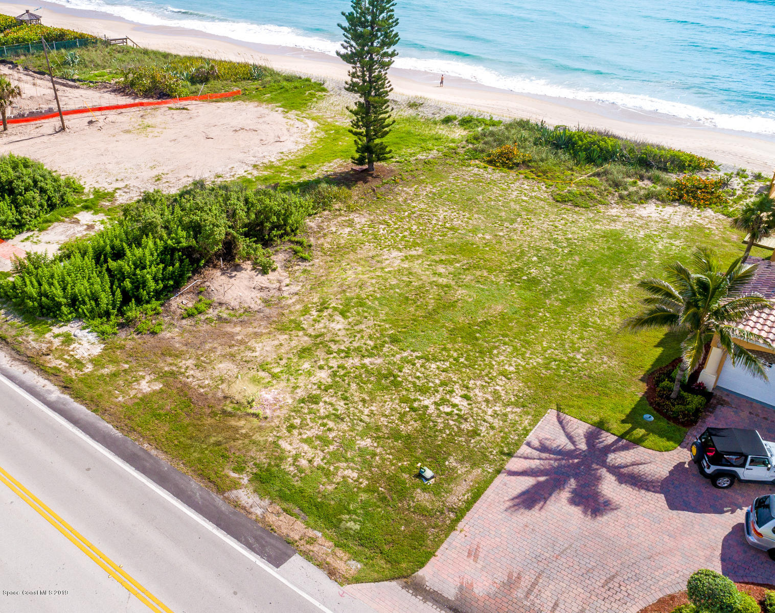 Additional photo for property listing at 5485 S Highway A1a 5485 S Highway A1a Melbourne Beach, Florida 32951 United States