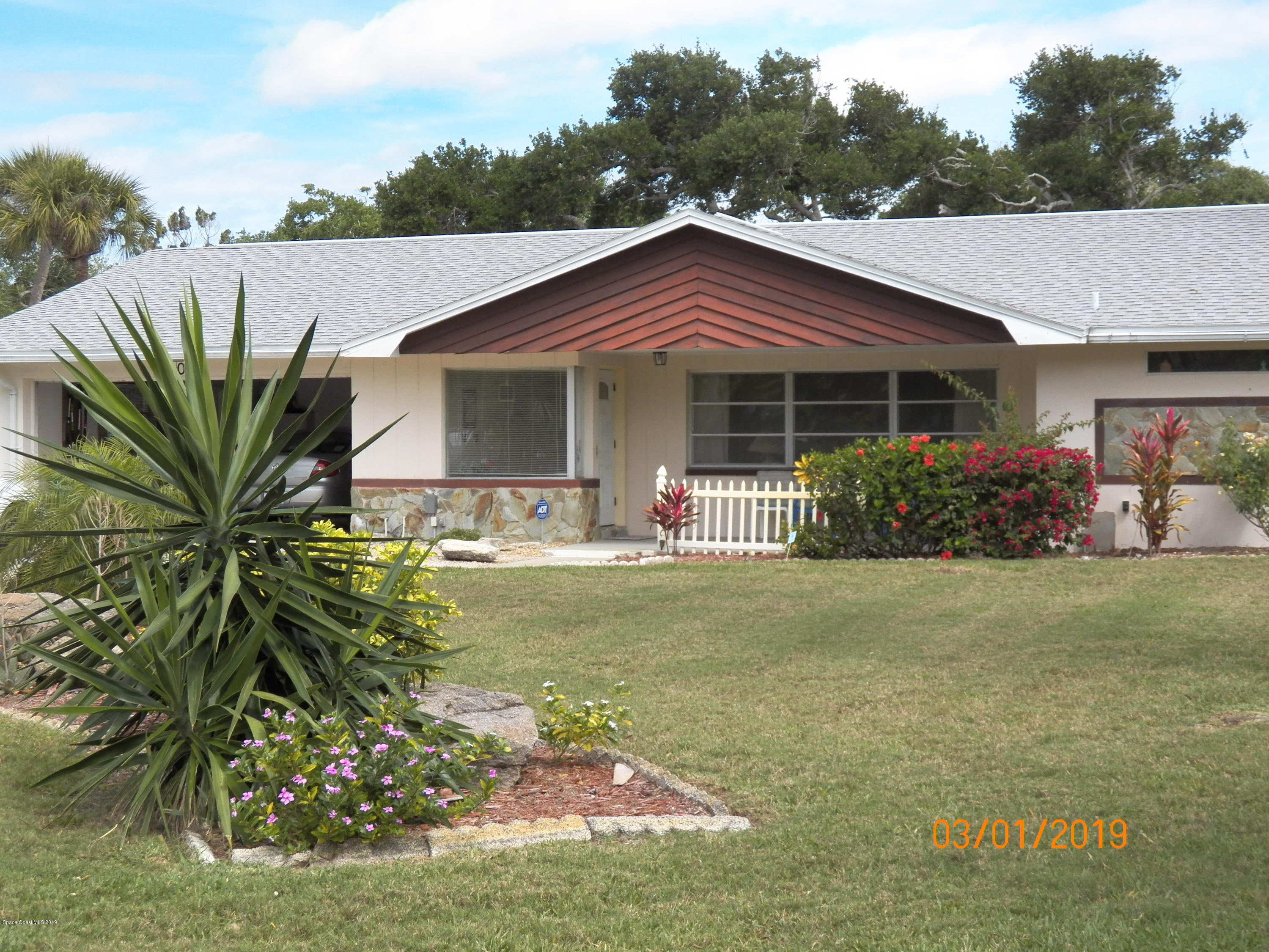 Single Family Homes for Rent at 106 June Cocoa Beach, Florida 32931 United States
