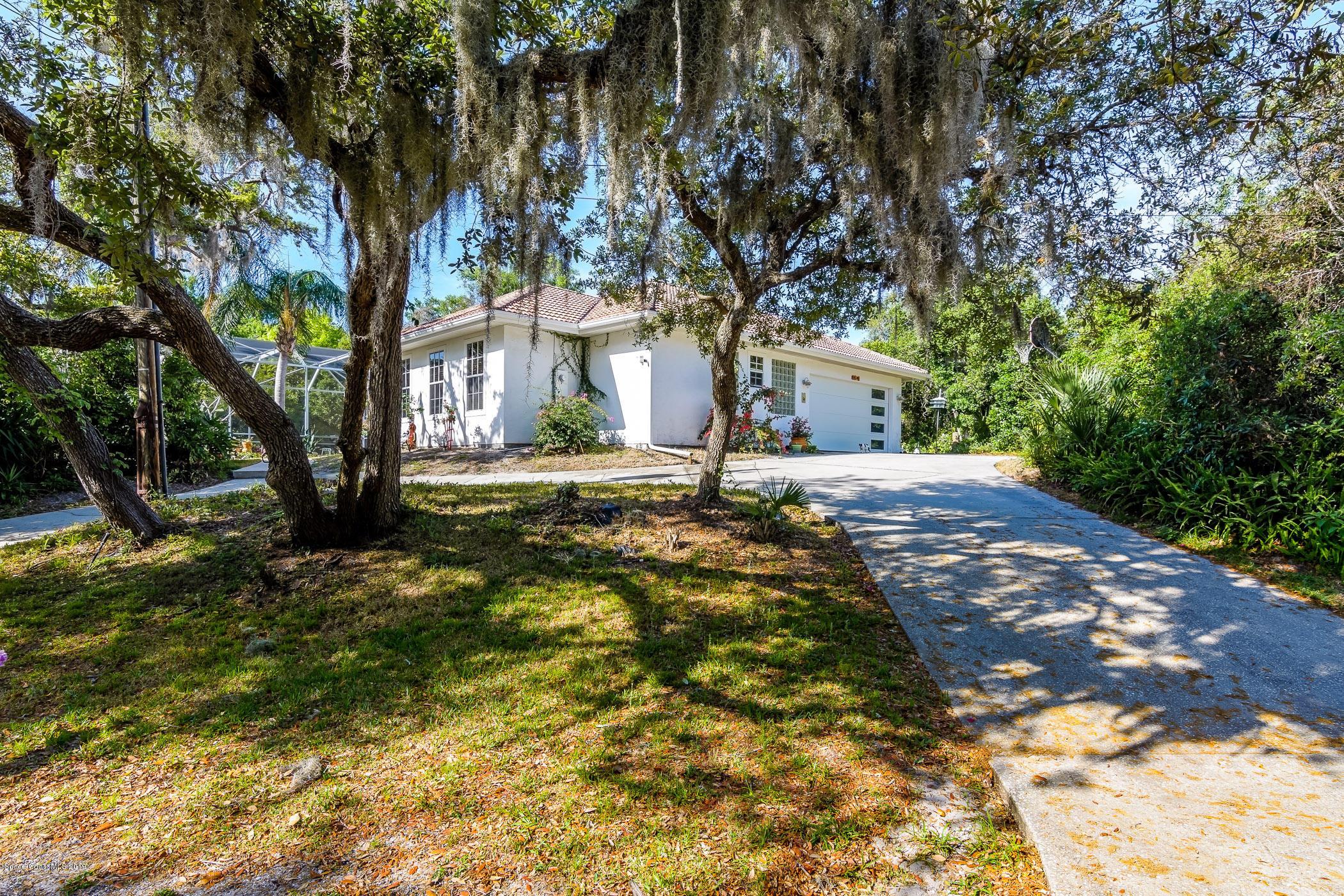 Enfamiljshus för Försäljning vid 4601 Indian River 4601 Indian River Cocoa, Florida 32927 Förenta staterna