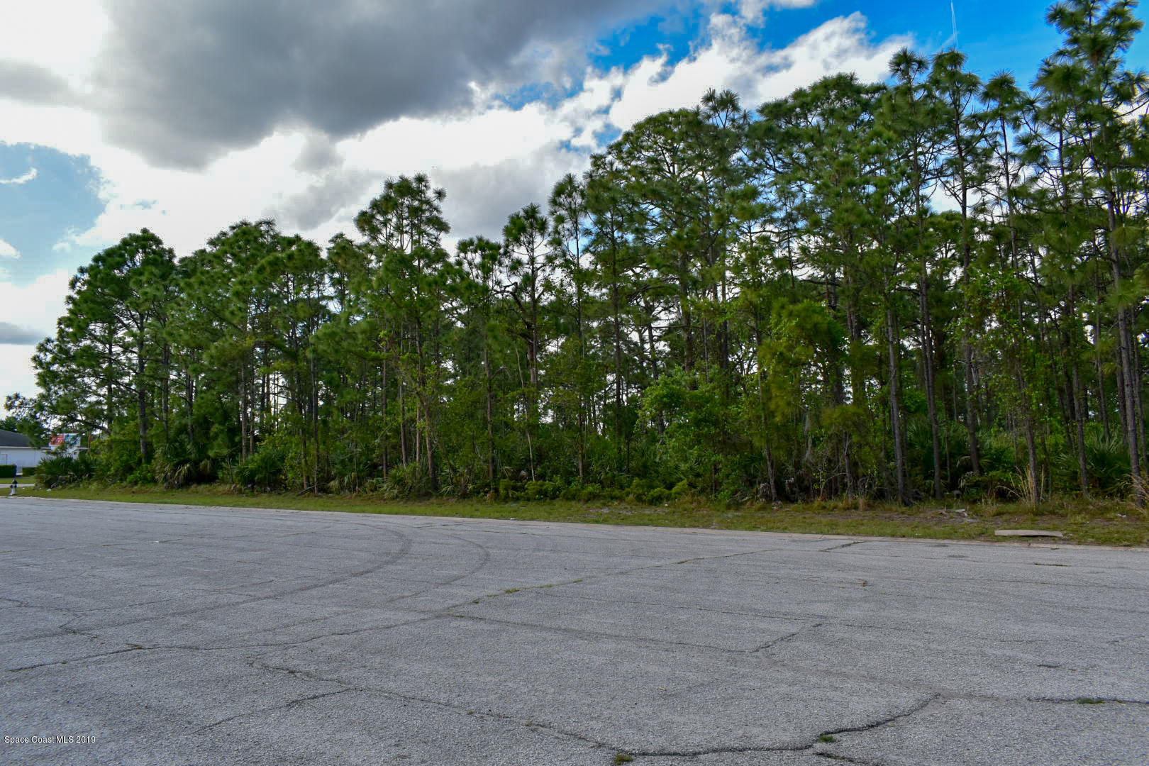 Commercial for Rent at 251 Interstate 251 Interstate Palm Bay, Florida 32909 United States