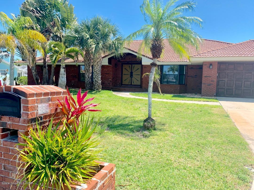 Single Family Homes for Rent at 385 Hiawatha Melbourne Beach, Florida 32951 United States