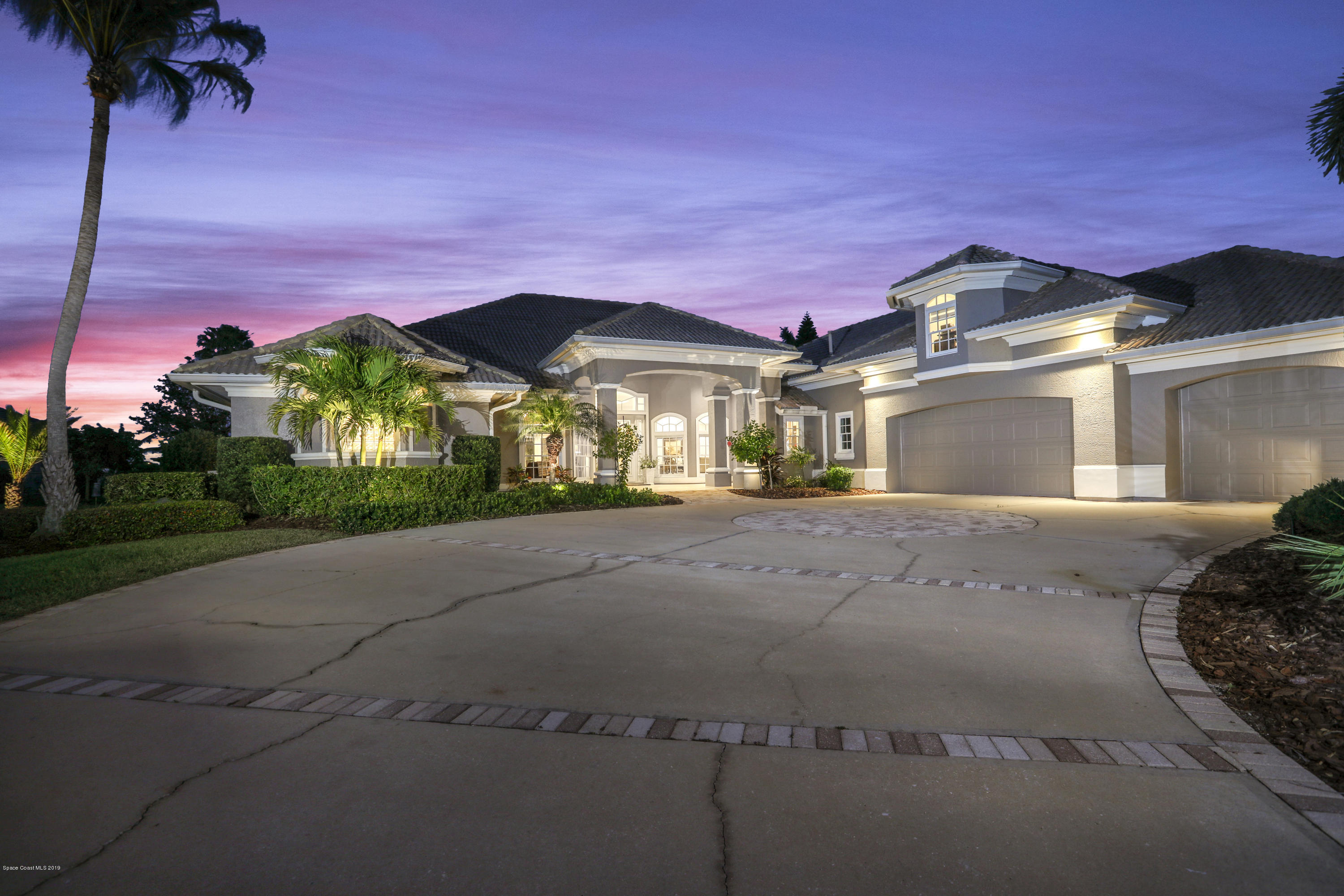 Single Family Homes for Sale at 286 Lansing Island Satellite Beach, Florida 32937 United States