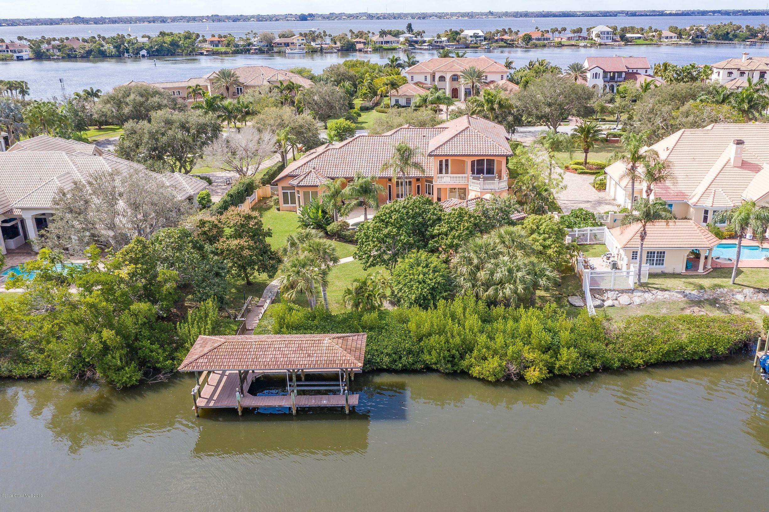 Villa per Vendita alle ore 150 Lansing Island 150 Lansing Island Indian Harbour Beach, Florida 32937 Stati Uniti