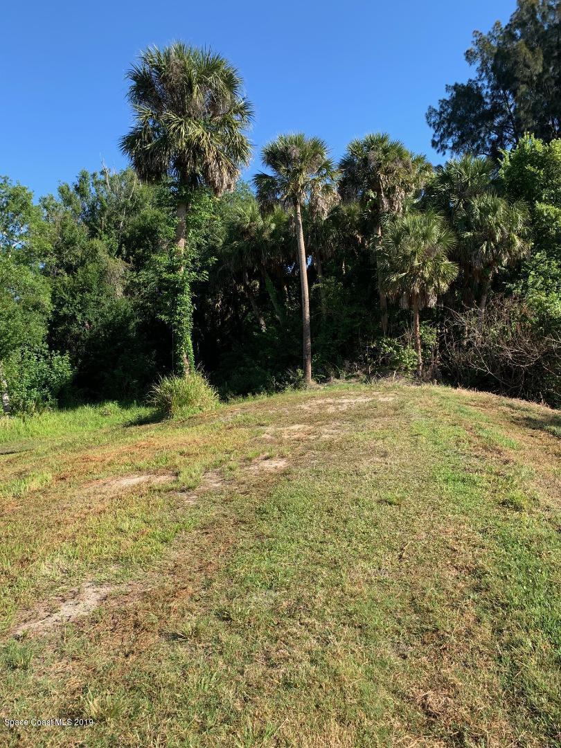 Additional photo for property listing at Coastal Lane West Melbourne, Florida 32904 United States