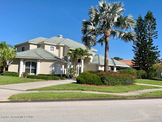 Single Family Home for Sale at 668 Deerhurst 668 Deerhurst Melbourne, Florida 32940 United States