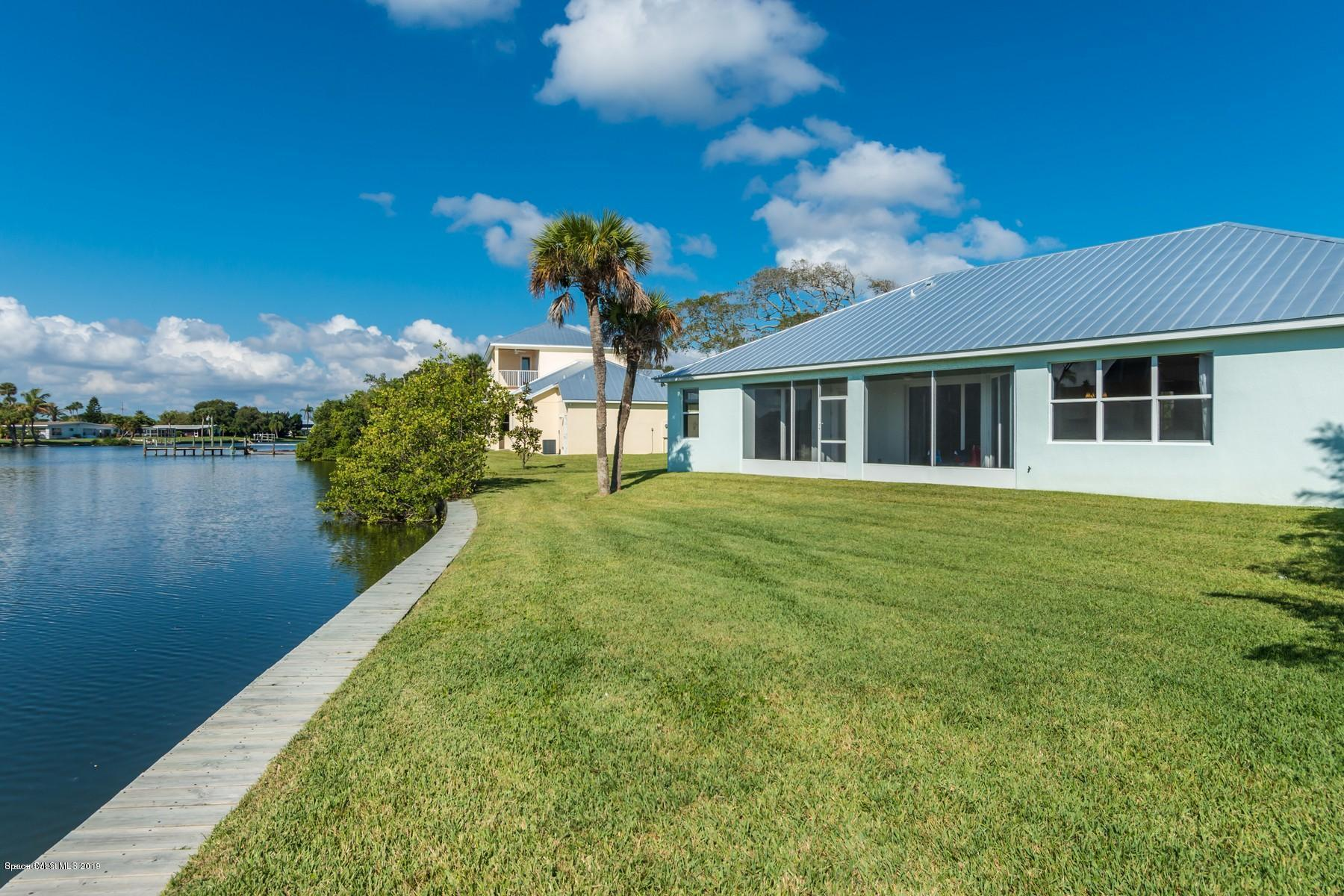 Single Family Home for Sale at 412 N 1st 412 N 1st Cocoa Beach, Florida 32931 United States