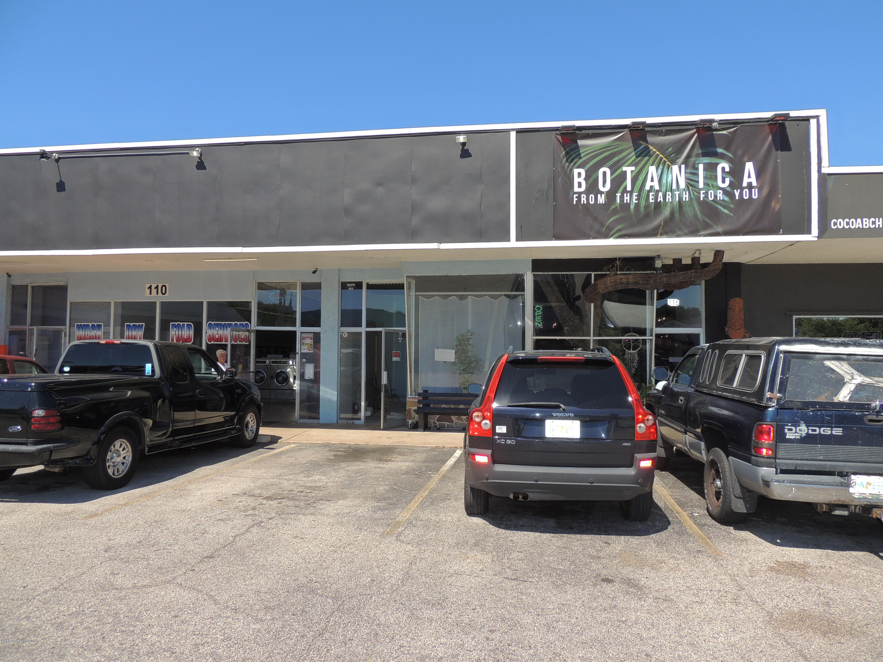 Commercial for Rent at 110 N Orlando Cocoa Beach, Florida 32931 United States