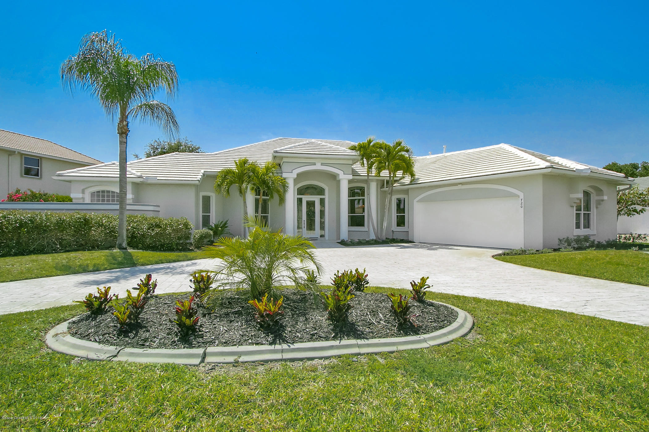 Single Family Homes for Sale at 720 Nicklaus Melbourne, Florida 32940 United States