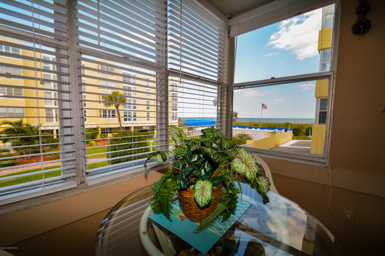 Enfamiljshus för Hyra vid 4700 Ocean Beach Cocoa Beach, Florida 32931 Förenta staterna