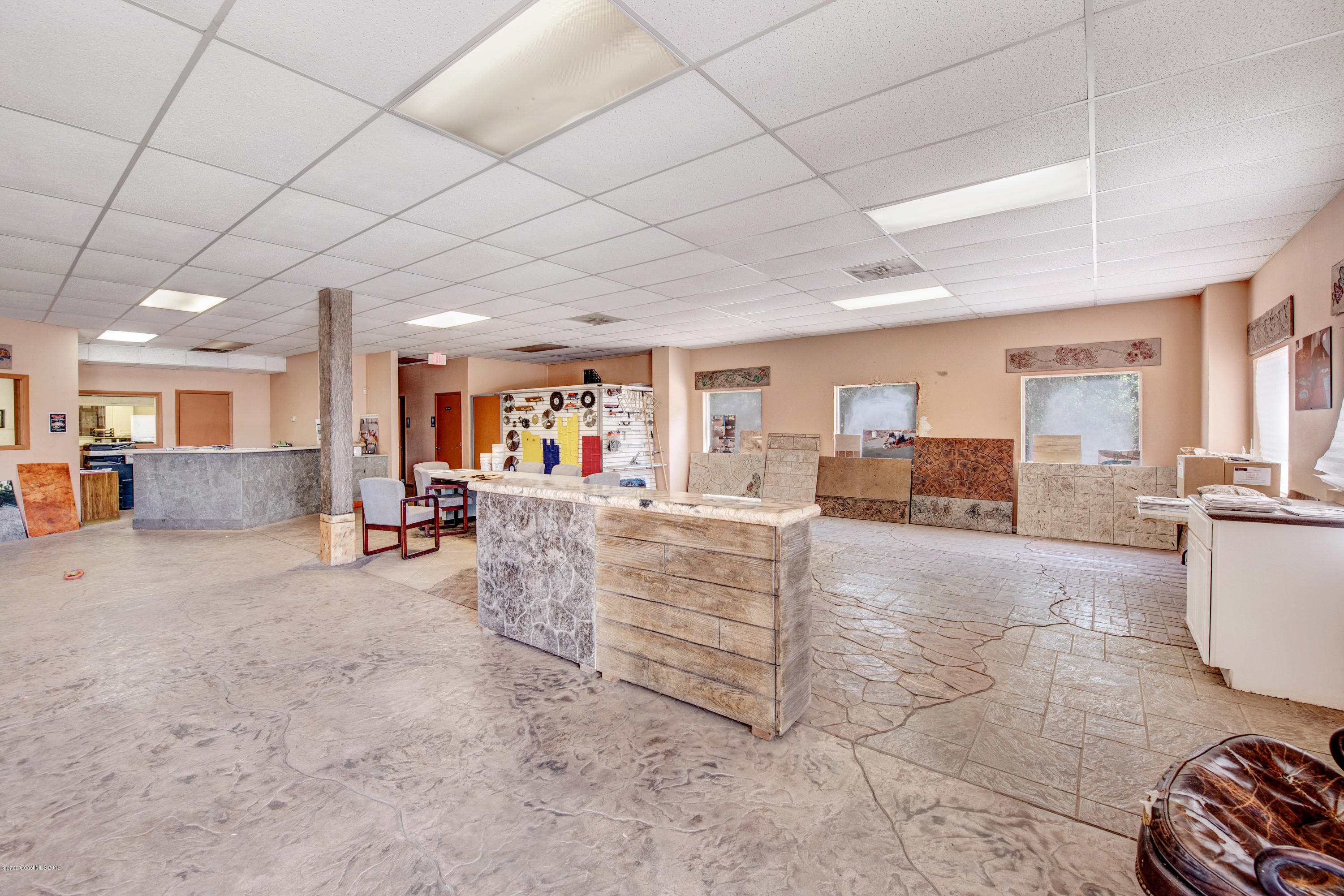 Commercial for Rent at 2020 Murrell Rockledge, Florida 32955 United States